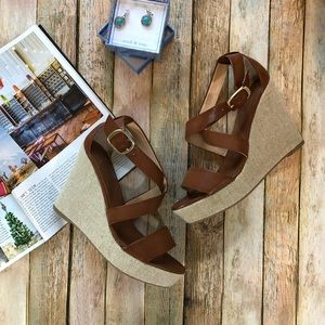 Banana Republic Faux Leather Wedges Sandals Heels